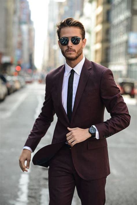 19 Fashionable Men's Sunglasses Looks To Get Inspired